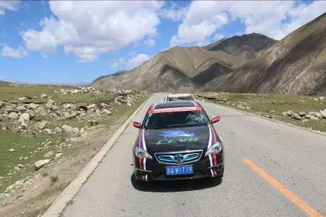 【北汽新能源出征环青海湖电动汽车挑战赛】北汽新万